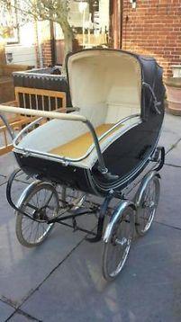 Antique-baby-carriage.... Antieke kinderwagen jaren 50/60  Good to many people today http://www.geojono.com/