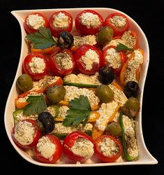 Gefüllte Tomaten mit Schafskäsecreme, ein raffiniertes Rezept aus der Kategorie Frühstück. Bewertungen: 97. Durchschnitt: Ø 4,4.