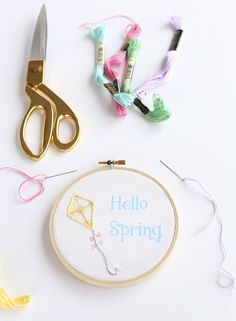 DIY Hoop Art with printable cotton by Blooming Homestead
