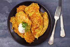 Egy finom Sárgarépás röszti ebédre vagy vacsorára? Sárgarépás röszti Receptek a Mindmegette.hu Recept gyűjteményében! Tandoori Chicken, Curry, Mac, Ethnic Recipes, Food, Kalay, Meals, Curries, Yemek