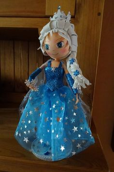 Foam Crafts, Diy And Crafts, Crafts For Kids, Box Surprise, Clothespin Dolls, Frozen Birthday Party, Fairy Dolls, Beautiful Dolls, Doll Toys