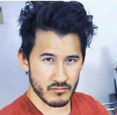 Mark why are you so gorgeous Markiplier Memes, Pewdiepie, Markiplier Imagines, Mark And Amy, Jack And Mark, Darkiplier, Youtube Gamer, Septiplier, Best Youtubers