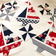 I spent the afternoon making Boat Day and Pinwheel blocks. Almost done and ready to assemble. I can't wait to show the finished quilt! Lap Quilts, Mini Quilts, Quilt Baby, Quilt Block Patterns, Quilt Blocks, Quilting Projects, Quilting Designs, Coastal Quilts, Nautical Quilt
