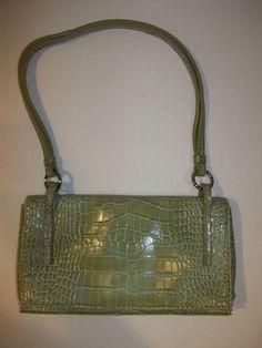 Nine West Handbag Purse Clutch Magnetic Snap Card Slots Textured Green #NineWest #Clutch