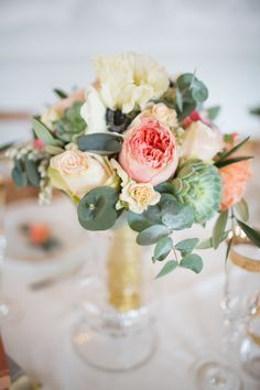 Centerpiece -- Peach & Gold -- See more wedding inspiration on #smp here: http://www.StyleMePretty.com/2014/05/19/peach-gold-luxury-wedding-inspiration/ Photography: Sandra Marusic - www.sandramarusic.ch