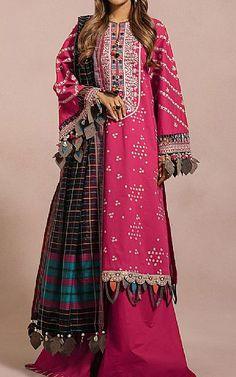 Pakistani Dresses Online Shopping, Suits Online Shopping, Pakistani Lawn Suits, Pakistani Designers, Ethnic Fashion, Clothes For Sale, Kimono Top, Fashion Dresses, Indian