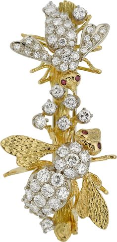 Insects brooch of diamond, ruby and 18K gold. Date not given.