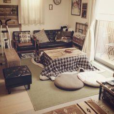 japanese room with kotatsu