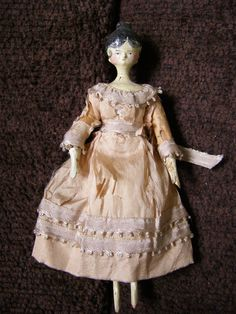 """Early Grodnertal Tuck Comb Wooden Doll 6.5"""" (item #1269818, detailed views)"""