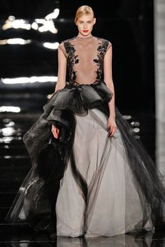 Gorgeous gowns at Reem Acra Fall 2013 runway Couture Fashion, Runway Fashion, Fashion Models, Fashion Show, 3d Fashion, Dress Fashion, Dresses 2013, Fall Dresses, Nice Dresses