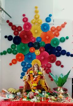 Diwali Decorations At Home, Backdrop Decorations, School Decorations, Festival Decorations, Diy Party Decorations, Flower Decorations, Ganpati Decoration Design, Mandir Decoration, Ganapati Decoration