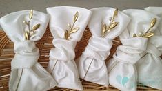 Shop for elegant wedding favor boxes, bags, and containers for giveaways to guests: Favor boxes and wedding favor bags for cake, candy, and collectibles. Unusual Wedding Gifts, Wedding Present Ideas, Handmade Wedding Favours, Elegant Wedding Favors, Wedding Favor Bags, Unique Wedding Gifts, Wedding Ideas, Wedding Stuff, Olive Wedding