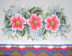 Pintura em Tecido flores silvestres , com risco e guia de cores, pano de prato.artesanato