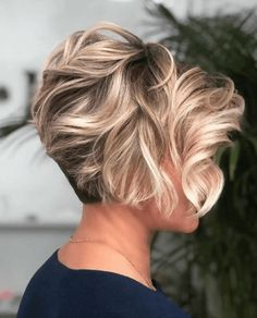 Latest Short Hairstyles for Winter 2020 , Pixie haircut has a harvest variant and is not very easy to maintain. If you like it so much, you can always have a ba Latest Short Hairstyles for Winter 2020 Latest Short Hairstyles, Short Hairstyles For Thick Hair, Short Hair With Layers, Winter Hairstyles, Short Hair Cuts For Women, Cool Hairstyles, Layered Hairstyles, Protective Hairstyles, Hairstyle Ideas