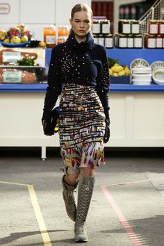 Mis Queridas Fashionistas: Chanel RTW Fall/Winter 2014/15 - Paris Fashion Week (CHANEL SHOPPPING CENTER)