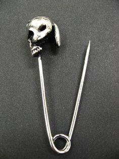 skull pin - Buscar con Google