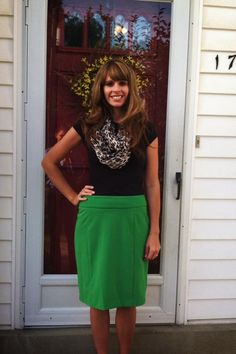 Kelly green pencil skirt with black and a leopard scarf