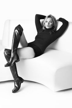 Kate Moss Fronts for Stuart Weitzman Campaign [Photo by Mario Testino]