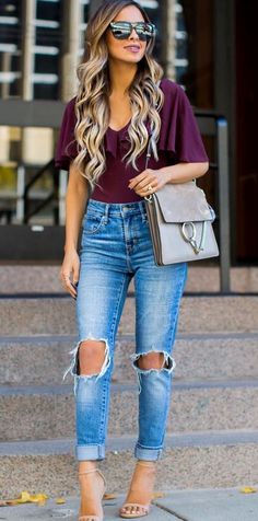 cool casual outfit: top + bag + heels + rips