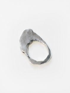 silver ring: design inspiration for jewelry fans | accessories & jewelry . Accessoires & Schmuck . accessoires & bijoux | Design: Heather Kita |