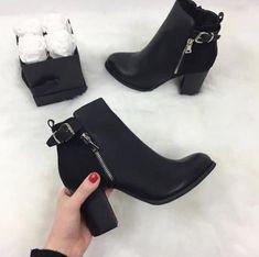 8eb446171 61 mejores imágenes de Botas en 2018   Fashion Shoes, High heels y ...