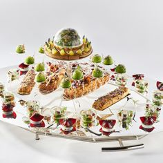 #bocusedor #bocusedoreurope2018 #contest #gastronomy #chefs #food #cooking #teamhungary #platter ©Studio Julien Bouvier Chefs, Bocuse Dor, Panna Cotta, Europe, Studio, Ethnic Recipes, Food, Cooking, Fine Dining