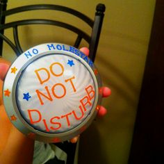 Do not disturb light turn it on while in small group time