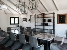 Diseño de espacios de trabajo. Sala de juntas o reuniones. By Elvira Manrique de Lara. #interiordesign
