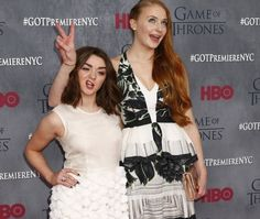 """""""Game Of Thrones"""" Stars Sophie Turner And Maisie Williams Prove Just How Well They Know Each Other"""