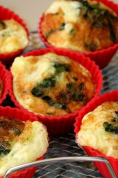 Air Fryer Easy Egg Cups make a great grab and go breakfast. #THM #LowCarb #AirFryer