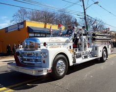 River Edge, NJ FD Engine 2 Seagrave Pumper.