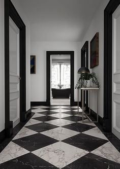 Lapicida is the leading specialist in wall and floor surfaces, supplying new and antique natural stone alongside ceramics and new-generation porcelains. Black And White Hallway, Black And White Flooring, Black And White Marble, Black And White Interior, Hall Tiles, Tiled Hallway, Modern Hallway, Home Room Design, House Design