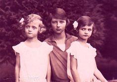 Filles de Karl I et de Zita d'Autriche Archiduchesse Adelheid d'Autriche 1914-1971 Archiduchesse Charlotte d'Autriche 1921-1989 Archiduchesse Elisabeth d'Autriche 1922-1993