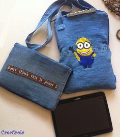 Tablethoes met Minion/VERSCHRIKKELIJKE IKKE kan mee naar school, gemaakt van een oude jeans  www.creacrola.nl