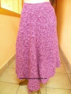 Falda confeccionada con 2 cuadrados, pretina a palillos Audrey Tautou, Weaving, Fashion Dresses, Knitting, Skirts, Fabric, Abs, Log Projects, Weaving Techniques