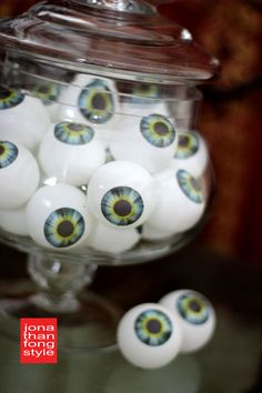 Free Printable for eyeballs to glue onto ping pong balls - or whatever you wish.