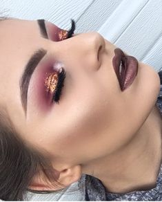 Red Eye Shadow W| Gold Glitter @OfficialTune