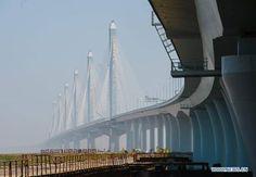 Vista del segundo #Puente de la Bahía de Hangzhou ( #Puente Jiaxing-Shaoxing) El puente atirantado más largo de mundo! vía Twitter @solestudiosing  #ingeniería