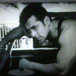 "498.1k Likes, 4,808 Comments - Salman Khan (@beingsalmankhan) on Instagram: ""Kya tumhe yakeen hai? Agar tumhe yakeen hai then 'Back his Back'"""