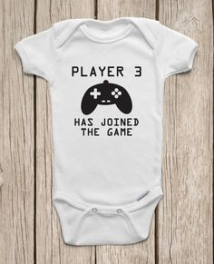 Player 3 Has Joined the Game ONESIES ® Brand Bodysuits Baby Bodysuit or Baby T-Shirt Newborn Coming Home Outfit Baby Shower Gift - funny baby Funny Baby Bibs, Cute Funny Babies, Funny Baby Clothes, Cute Onesies For Babies, Funny Onesie, Babies Clothes, Baby Outfits, Cute Bodysuits, Newborn Coming Home Outfit
