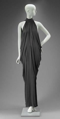 Woman's dress Boho Fashion, Fashion Dresses, Vintage Fashion, Fashion Design, Fashion Tips, Fashion Hacks, Ladies Fashion, 90s Fashion, Retro Fashion