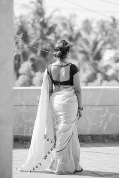 Beautiful Girl Indian, Most Beautiful Indian Actress, Beautiful Saree, Beautiful Women, Indian Photoshoot, Saree Photoshoot, Beauty Full Girl, Beauty Women, Look Fashion