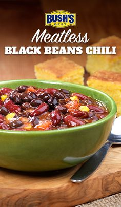 Bush's® Meatless Black Beans Chili: No meat, but plenty of flavor! This hearty chili recipe is loaded with Bush's® Black Chili Beans and Kidney Chili Beans and is ready in about 35 minutes. Chili Recipe With Black Beans, Black Bean Chili, No Meat Chili Recipe, No Bean Chili, Bean Recipes, Chili Recipes, Veggie Recipes, Mexican Food Recipes, Crockpot Recipes