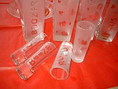 I've always wanted to try etched glass.  These are so cute!