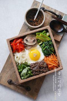 Korean Dishes, Japanese Dishes, Korean Food, Vietnamese Food, Good Food, Yummy Food, Cafe Food, Food Decoration, Aesthetic Food