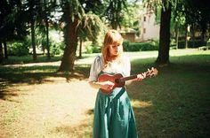 Girl with ukulele ^^ summer style