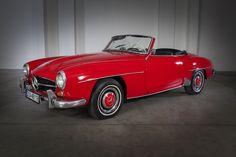 Mercedes Benz 190, Pontiac Bonneville, Jaguar E Type, Fiat 500, Grace Kelly, Rolls Royce, Volvo, Mustang, Porsche