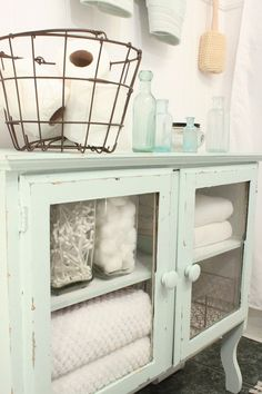 12 Awesome Shabby Chic Bathroom Decor Plans To Consider For Your Apartment | Give the old cabinet a new lease of life as you search for storage space in the shabby chic bathroom | #shabbychic #shabby_chic_bathroom