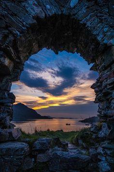 ~ Strome Castle Ruins ~ sunset in the Scottish Highlands | by Gavin Johnson