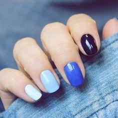ongles décorés deco ongle gel de couleur bleu clair et bleu foncé
